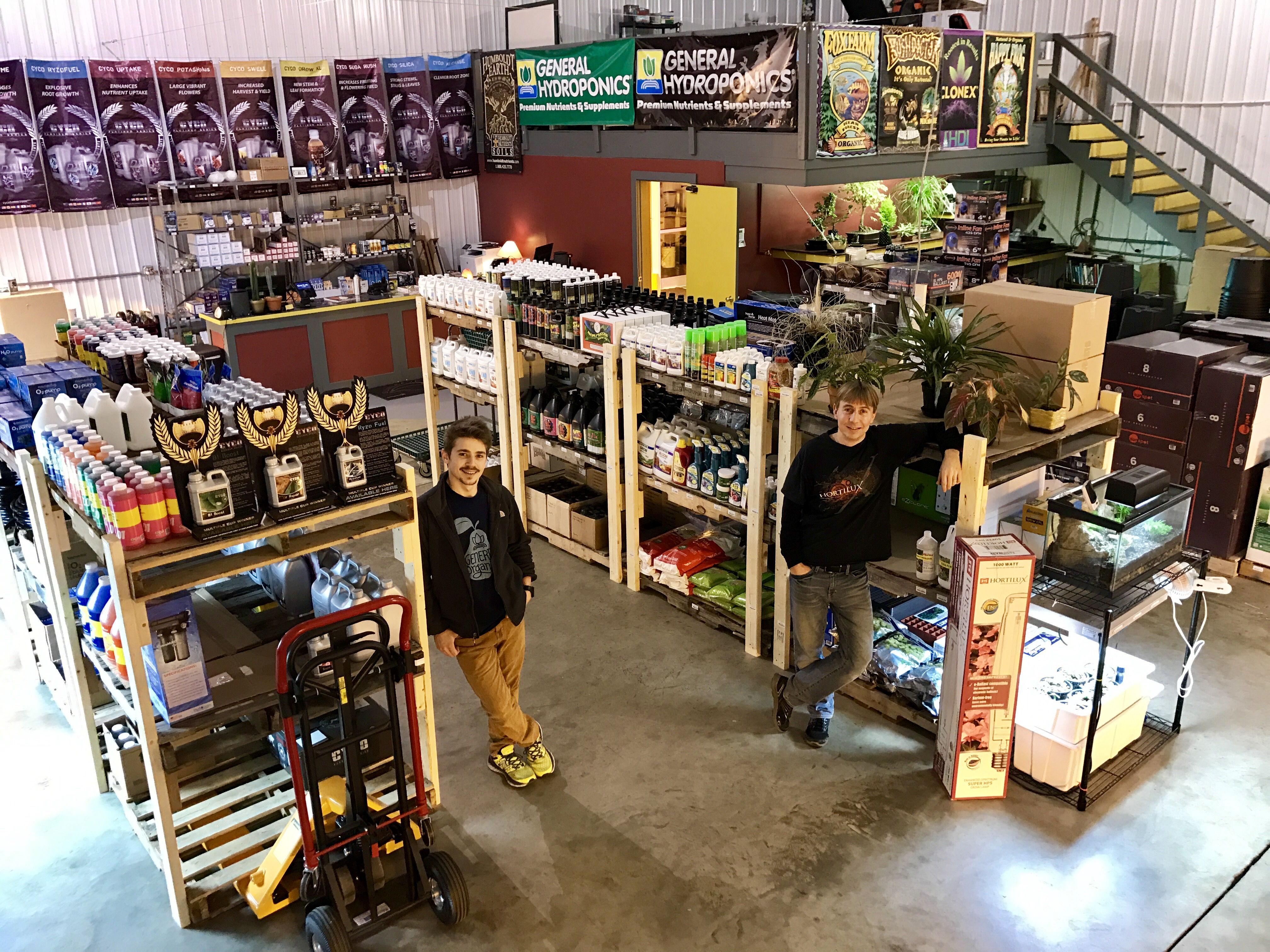Indiana Hydroponics and Garden Supply Store - Goldleaf Hydro